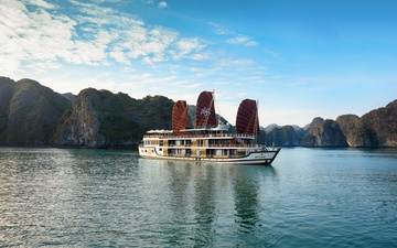 Combo Orchid Classic Cruises & Apricot Hotel